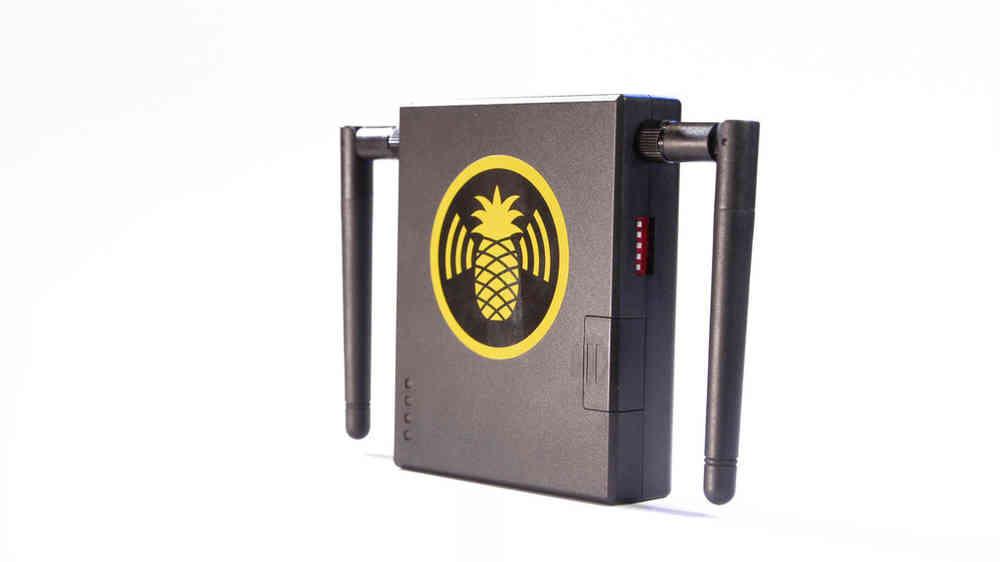 WiFi Pineapple Mark V